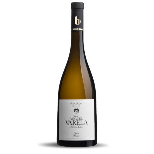 Una botella de Miguel Varela. Albariño D.O. Rías Baixas.